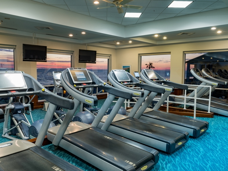 treadmills in resort gym
