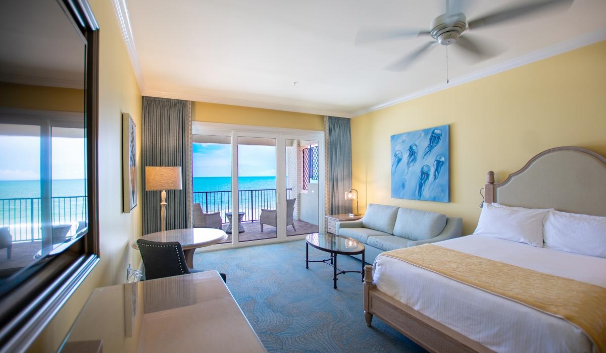 Ocean Peyton House King Bed