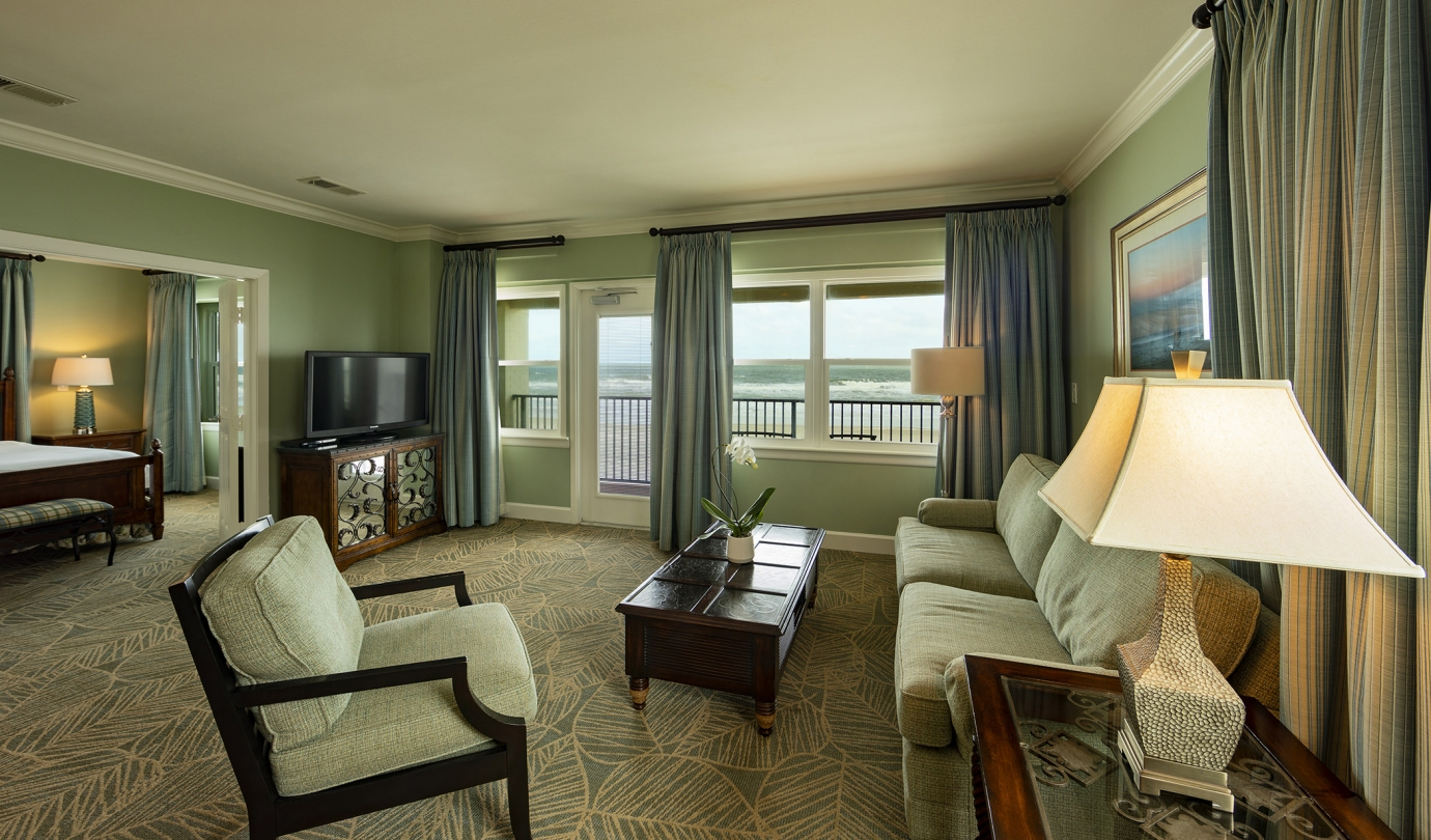 Oceanfront Suite at the Inn & Club