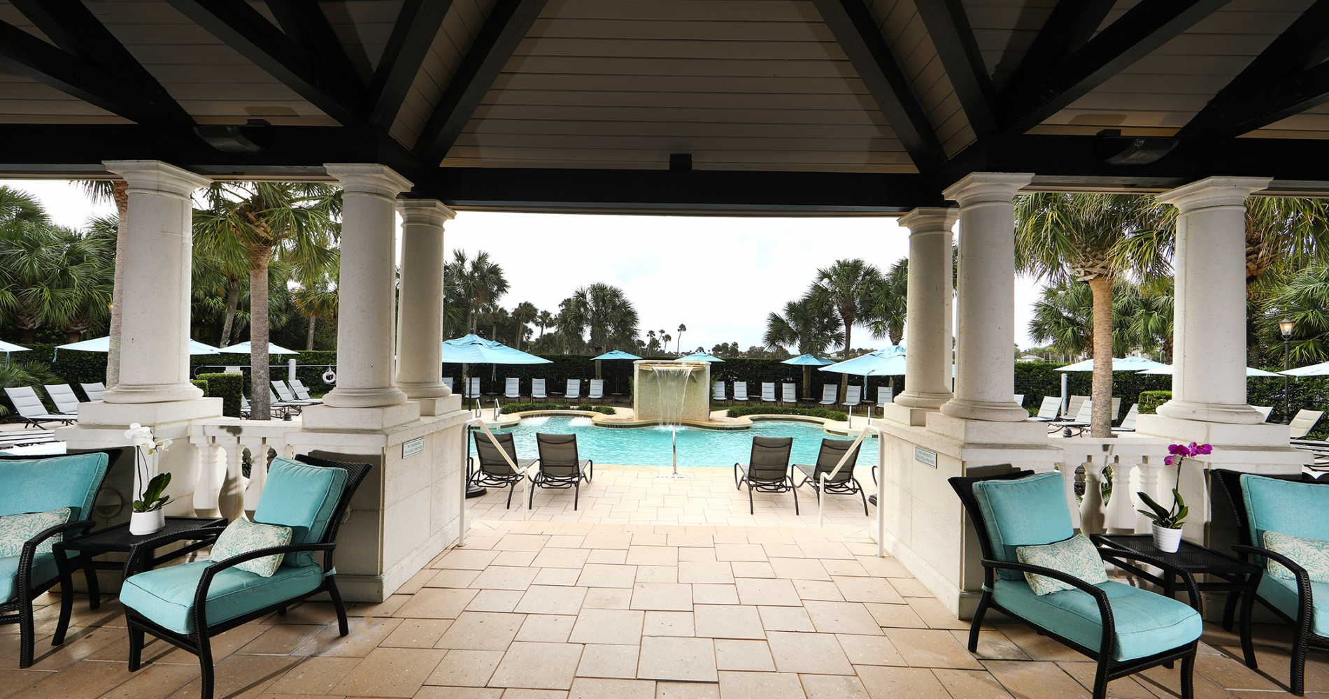 Covered area of the outdoor pool deck at the Inn Spa
